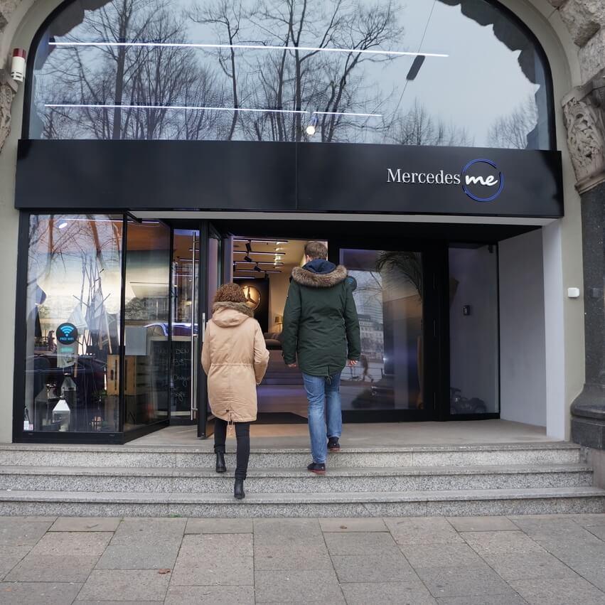 Mercedes – Me Stores